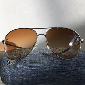 CHANEL Aviators Sunglasses 4189